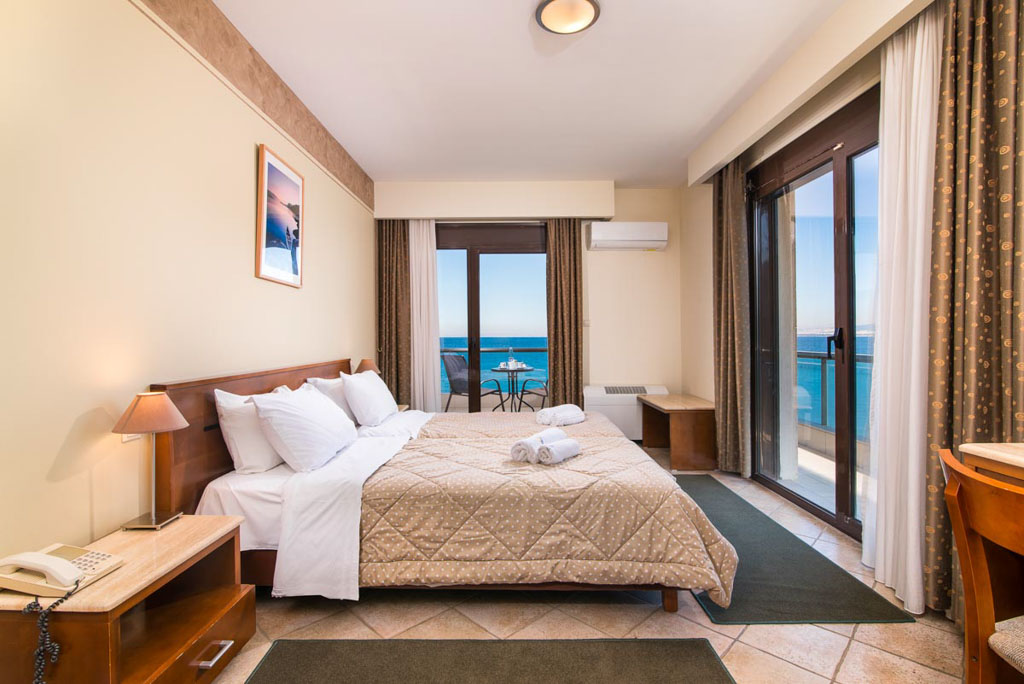 double-room-sea-view-2