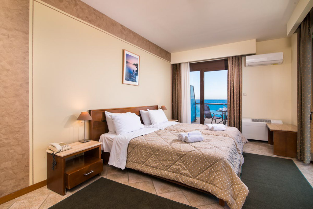 double-room-sea-view-3