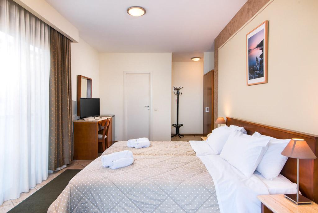 double-room-sea-view-6
